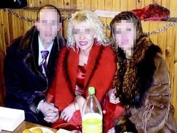 В Черкассах лидера религиозной секты и ее помощников, заставлявших прихожан брать огромные кредиты, приговорили к 12 годам лишения свободы