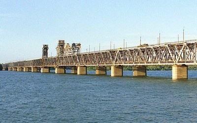 Тендер на реконструкцію мосту через