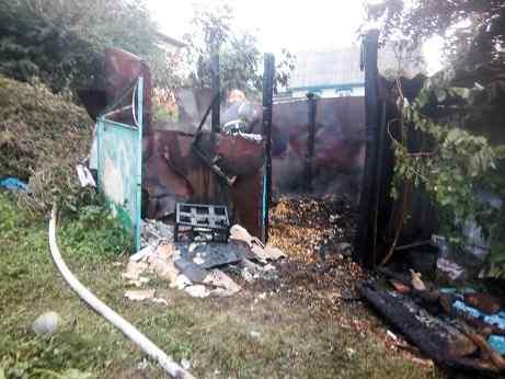 У Монастирищенському районі через пустощі дітей сталося дві пожежі